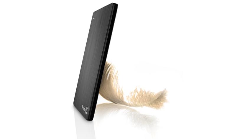 Seagate Slim o HD externo que possui espessura de lápis chega ao mercado brasileiro