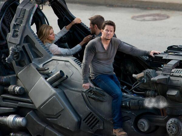 Transformers-4-set-4set2013-04