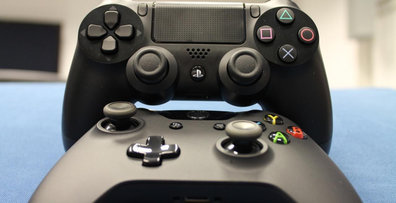 36756.52838-Xbox-One-x-PS4-as-diferencas-no-tamanho