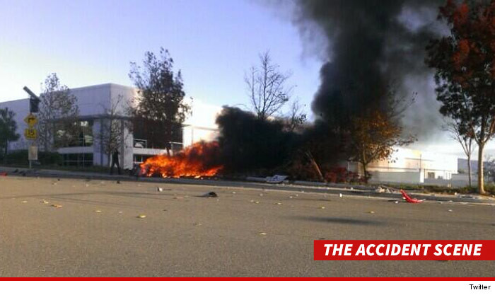 paul-walker-accident-scene-twitter-3