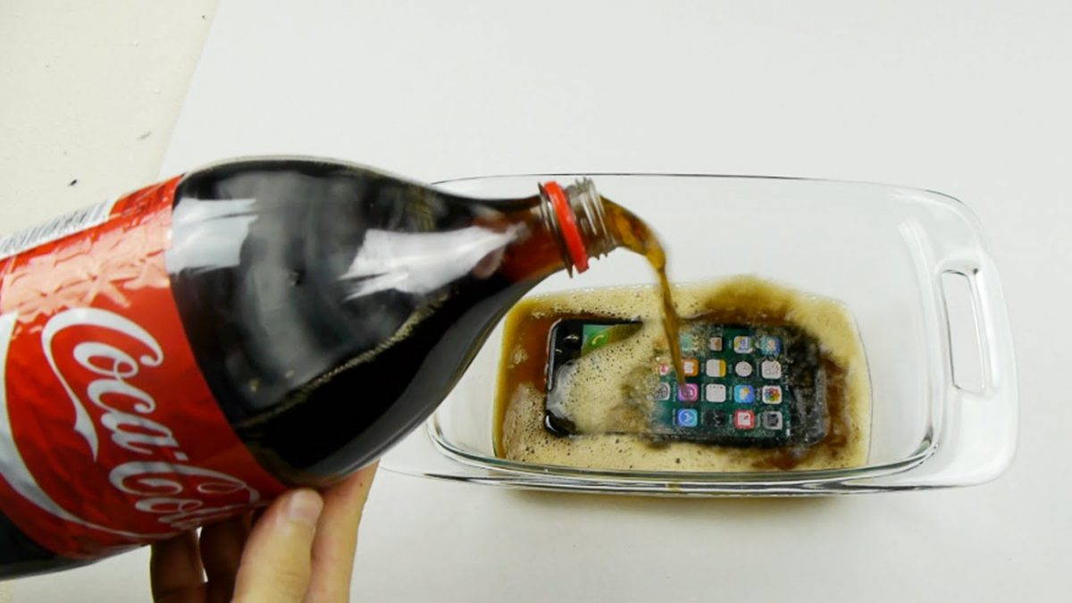 will-an-iphone-7-survive-in-coca-cola-freeze-test-for-12-hours